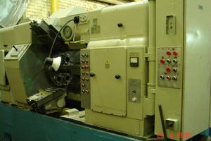 Токарный станок полуавтомат по металлу