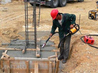 Устройство вибратора глубинного для бетона