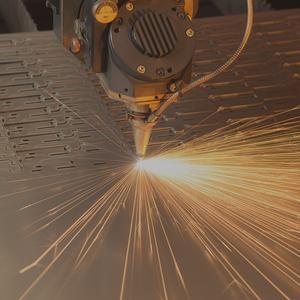 Лазерный станок для резки деталий из металла