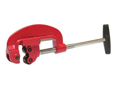 Труборез для стальных труб: подбор устройства и инструкции по применению