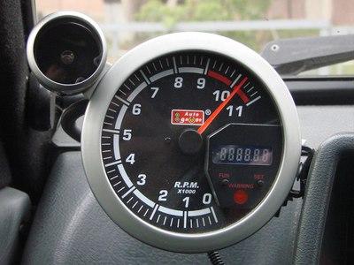 Что такое тахометр в автомобиле и как им пользоваться принцип работы как устройство измеряет скорость в машине фото и видео для чего нужен и как должен работать