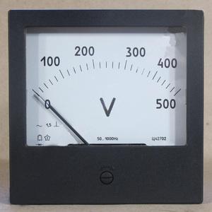 Измерительный прибор - вольтметр